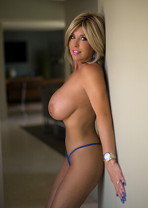 Nude sandra otterson WIFEY SANDRA